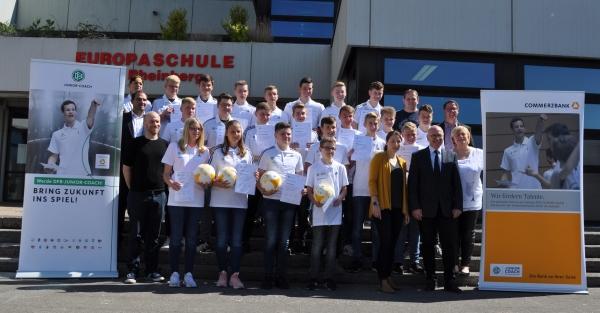 Europaschule Rheinberg bildet DFB-Junior-Coaches aus